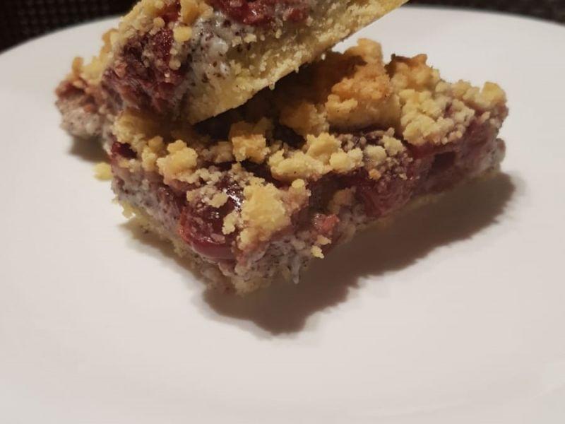 Kirschmohnstreusel Kuchen