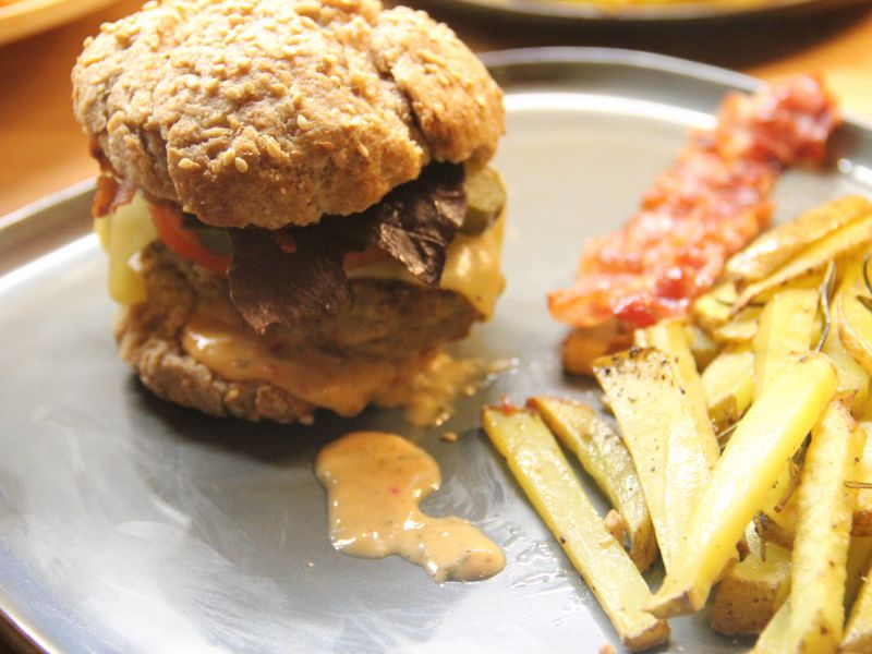Burger mit Rosmarinkartoffel