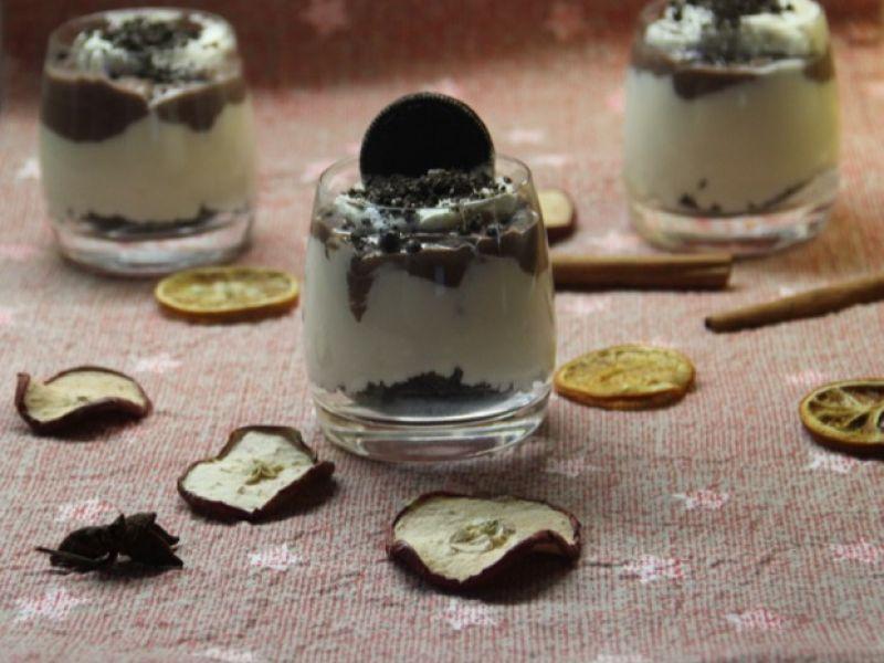 Fluffige Schokoladencreme mit Oreokeksen